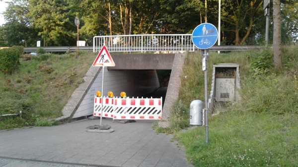 Vollsperrung der Unterführung Holsteiner Straße unter An der Bleiche